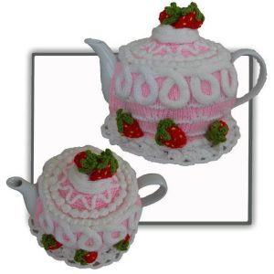 Strawberry Cake Tea Cosy Pattern