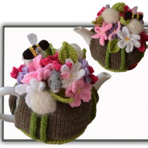 Cosmos & Dandelion Field Mouse Tea Cosy Pattern