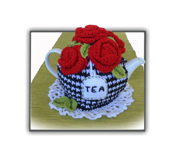 Red 5 Roses Tea Cosy Pattern