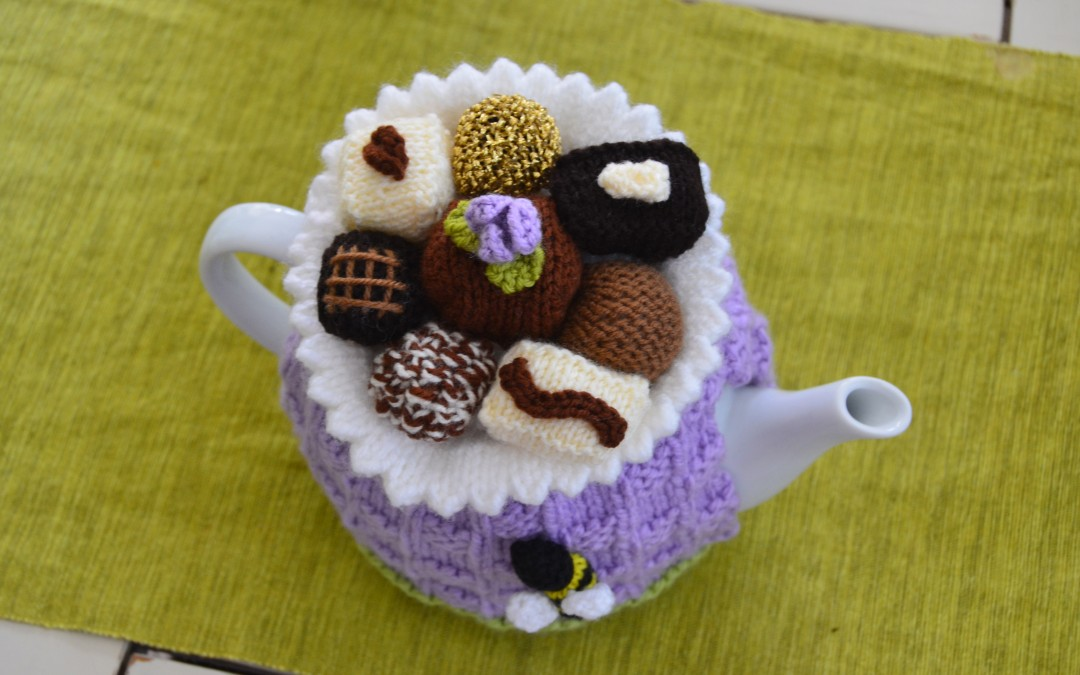 CHOCOLATE BOX KNITTED TEA COZY