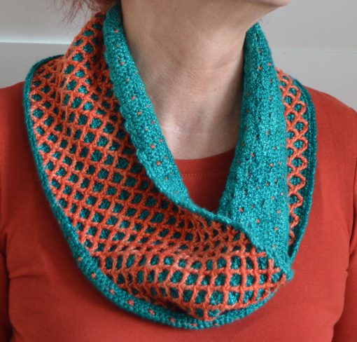 Reversible diamond cowl neck warmer