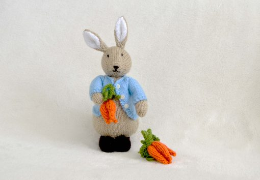 peter bunny rabbit toy to knit
