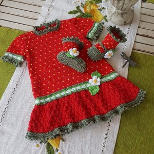 Strawberry Field Dress set for 3 months to 18 months