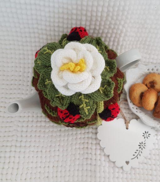 classic white rose tea cosy